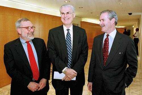 Jack Fuller, left, president of Tribune Publishing; John Madigan, Chairman and CEO of Tribune Co., and Dennis FitzSimons, executive vice president of media operations, in March 2000 after the announcement of Tribune Co. acquiring Times Mirror Co., owner of the Los Angeles Times.