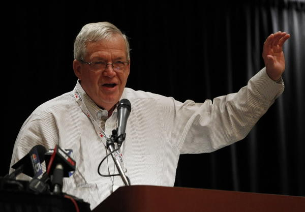 Former U.S. House Speaker Dennis Hastert speaks to the Illinois delegation Tuesday morning at the Republican National Convention.