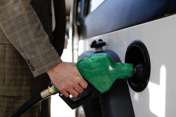 It's unusual for gas prices in Chicago to top prices in Hawaii and Alaska, said a AAA spokeswoman.