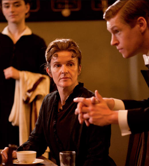 'Downton Abbey' Season 3 photos: Siobhan Finneran and Matt Milne