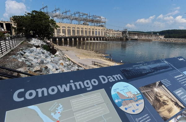 A US Geological Survey report warns that Conowingo Dam and other dams on the Susquehanna River are losing their ability to trap sediment and already allowing more pollution to reach the Chesapeake Bay.