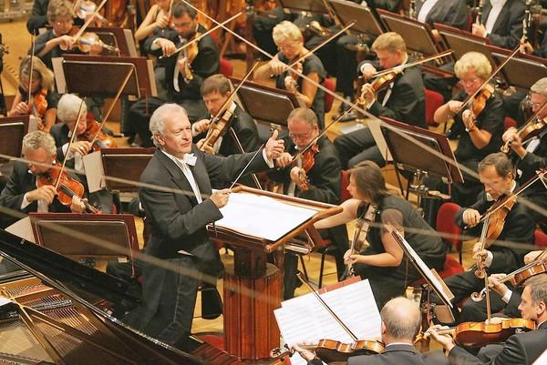 The Warsaw Philharmonic Orchestra plays at the Jorgensen Center for the Performing Arts Oct. 23 at 7:30 p.m. More information and classical events coming this fall here.