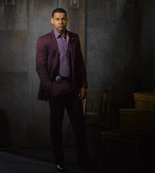 'Castle' Season 5 cast photos: Jon Huertas as NYPD Detective Javier Esposito