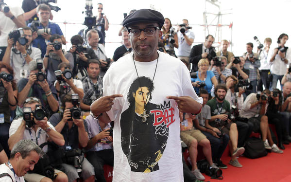 "Spike Lee poses during the photocall for the movie ""Bad 25"" at the 69th Venice Film Festival."