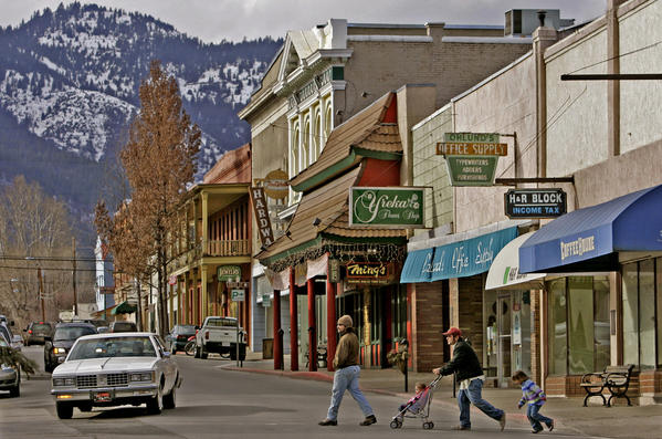 Miner Street runs through the downtown of Yreka, the would-be capital of Jefferson.