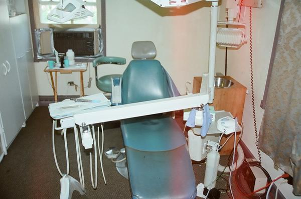 The dental chair at a home near Melrose Park where a man was arrested and charged with practicing dentistry without a license.