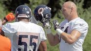 Photos: Urlacher back at Bears practice