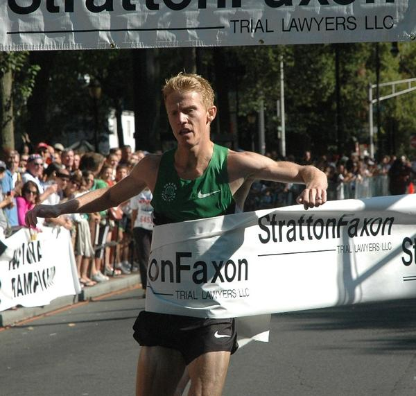 Matt Tegenkamp of Portland, Ore., wins the Stratton Faxon New Haven 20K Road Race in 58:30.