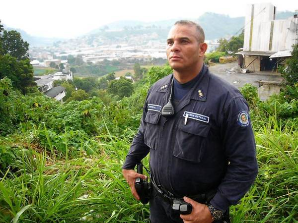 Squad commander Alexander Reyes is among the Venezuelan police officers coming under increasingly deadly fire from gang members and hardened criminals in Caracas.