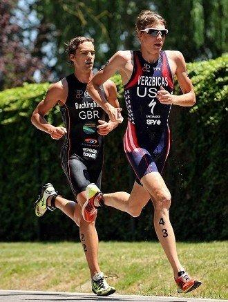 Lukas Verzbicas leads Mark Buckingham of Great Britain during the June 17 triathlon World Cup in Banyoles, Spain. (Janos Schmidt / International Triathlon Union)