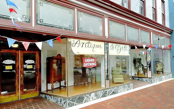 Chateau La Wren Antique and Gifts, which opened July 2 at 20 Public Square, held a grand opening and ribbon-cutting ceremony Tuesday.