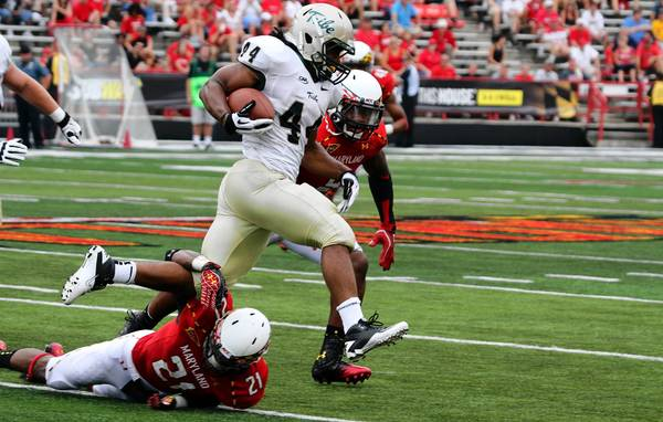William and Mary's Mel Jones runs against Maryland on Saturday, Sept. 1, 2012.