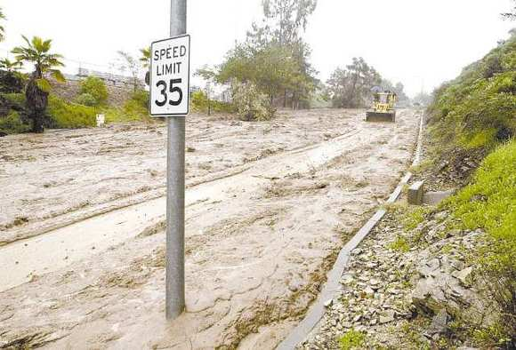 Mountain Street, east of Verdugo Avenue, became a slow-moving river of mud during the heavy rainstorms of 2005.