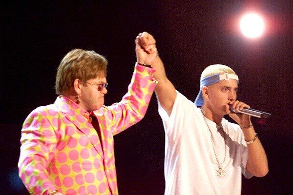 Eminem would never say that he was homophobic, but he'd definitely tell you about a disturbed fan named Stan who, through his lyrics, became increasingly violent as his idolized star unintentionally ignored him. The rap was so powerful that musician and fan Elton John decided to accompany the Detroit rapper when he presented it to the MTV crowd. Em was most likely out to address critics who had been calling him a homophobe, and Elton didn't mind helping him out. Who knows if the message was received, but the performance was great.