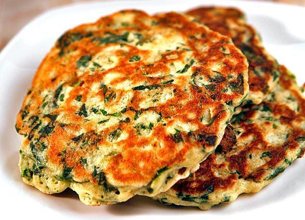 Green pancakes with lime butter.