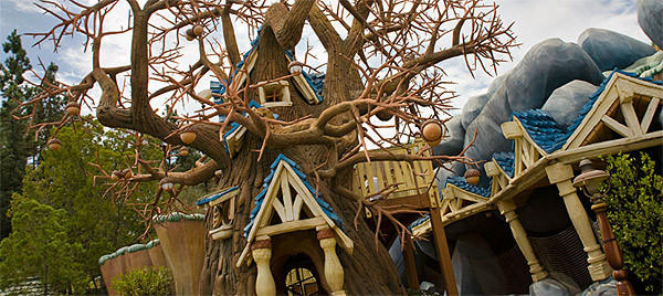 The Chip 'n Dale Treehouse is part of Mickey's Toontown at Disneyland. No similar version existed at the Magic Kingdom, even before Mickey's Toontown Fair was destroyed to make way for the Storybook Circus section of the new Fantasyland at Walt Disney World.