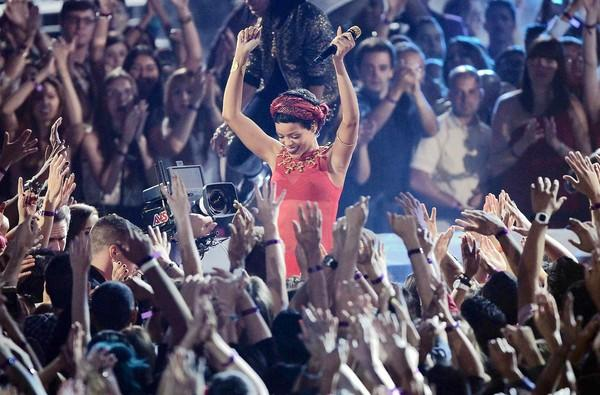 Rihanna performs at the MTV Video Music Awards.