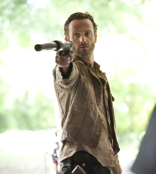 Fall TV 2012 Returning Shows: What to expect: Premieres: Sunday, Oct. 14 at 9 p.m.   Expect to see: The introduction of two fan-favorite characters -- the Governor (David Morrissey) and Michonne, whom we saw briefly at the end of the Season 2 finale -- and the return of Merle (most of him anyway). Rick Grimes will soon realize that killing Shane didnt eliminate the threat to his alpha-male authority.   -- Drusilla Moorhouse, Zap2it