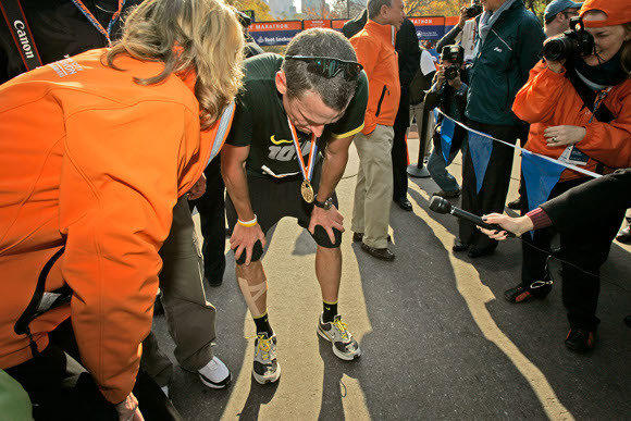 Lance Armstrong after finishing the 2006 New York Marathon.  (Kathy Willens / AP)
