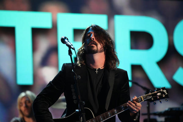 Dave Grohl leads the Foo Fighters during a two-song set at the Democratic National Convention in North Carolina.
