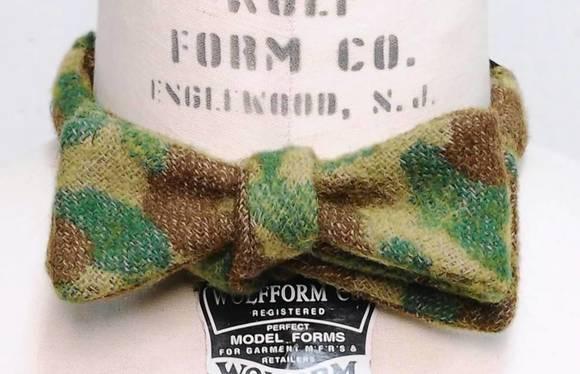 Monitaly camo bow tie