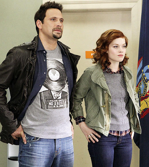 Fall TV 2012 Returning Shows: What to expect: Premieres: Wednesday, Oct. 17 at 9:30 p.m.   Expect to see: Tessas (Jane Levy) mom. Malin Akerman has been cast as Tessas long-estranged mom, and shell appear in a pair of holiday episodes. Also look for George (Jeremy Sisto) continuing to misread Dallas (Cheryl Hines) feelings for him and Lisa (Allie Grant) attempting a power play with the knowledge that her brother Ryan (Parker Young) is adopted.   -- Rick Porter, Zap2it