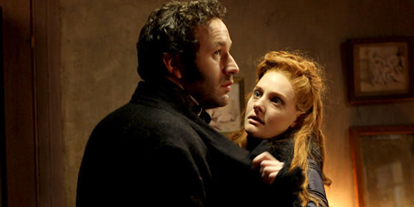 Sugar (Romola Garai) becomes involved with the married William (Chris ODowd).