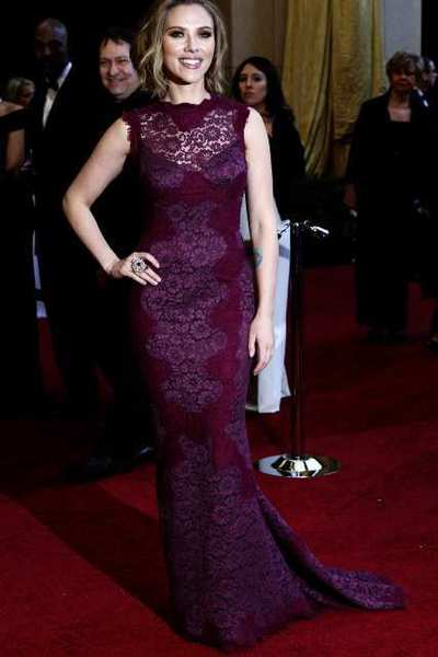 AskMen's 99 most desirable women: Scarlett Johansson arrives at the 2011 Oscar ceremony.