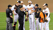 Orioles ace Jason Hammel exits game with knee injury