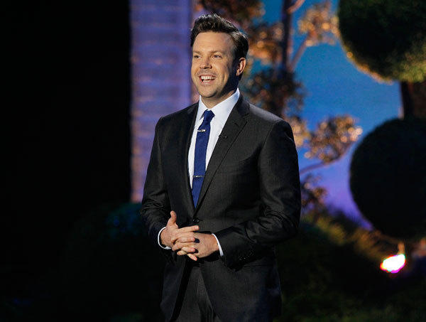 Host Jason Sudeikis stands on stage at the 2011 MTV Movie Awards in Los Angeles June 5, 2011.