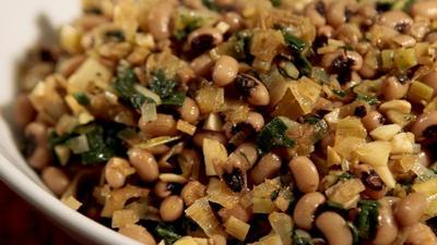 Rosh Hashanah recipe: Black-eyed peas with leeks and chard - latimes