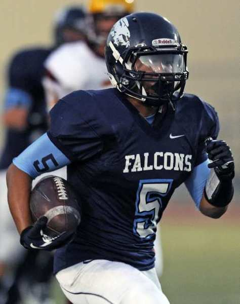 Crescenta Valley's William Wang ran for 162 yards against La Canada.
