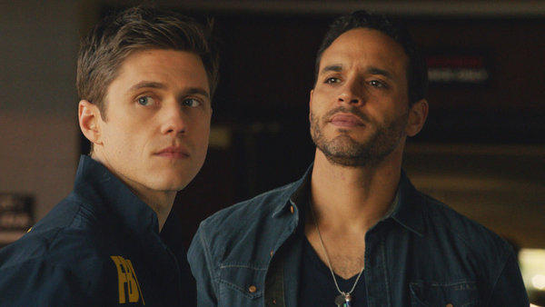 "Born in Evanston, Daniel Sunjata (right) grew up in Chicago and graduated from Mount Carmel High School, where he played linebacker for two state championship football teams. The former ""Rescue Me"" star will play Paul Briggs in USA Network's upcoming drama ""Graceland."" The series centers on new FBI agent Mike Warren (Aaron Tveit, left), who joins a group of operatives from various intelligence agencies forced to live together for a case."