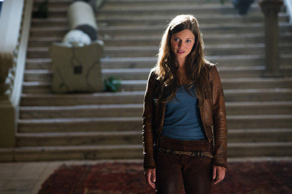 'Revolution' Season 1 photos: Charlotte Charlie Matheson (Tracy Spiridakos)