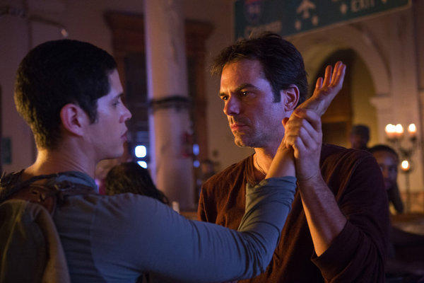 'Revolution' Season 1 photos: Nate Walker (J. D. Pardo) and Miles Matheson (Billy Burke)