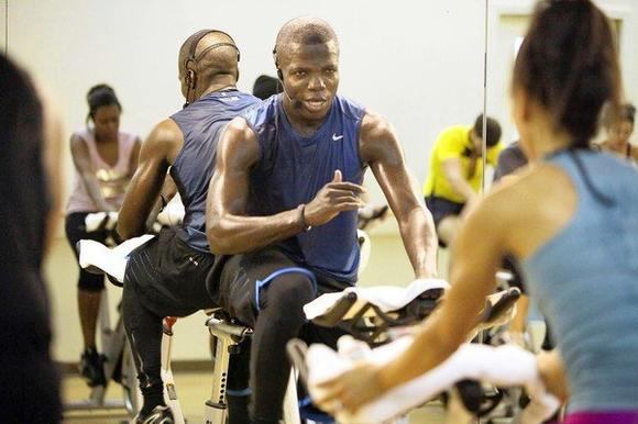"Reno Wilson, who's on ""Mike & Molly,"" teaches a spinning class on the Warner Bros. lot in Burbank."