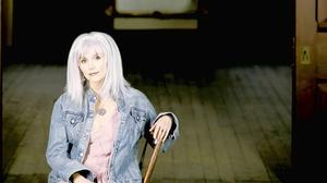 Emmylou Harris, playing Newport News Sept. 20, keeps creative embers glowing after 40 years of red-hot country