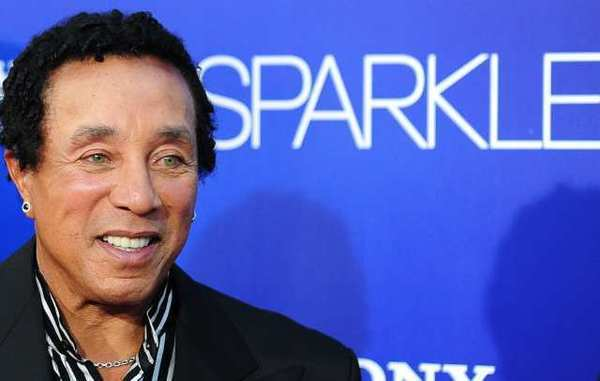"Smokey Robinson will unveil his one-man poetry show ""Words"" in North Hollywood."