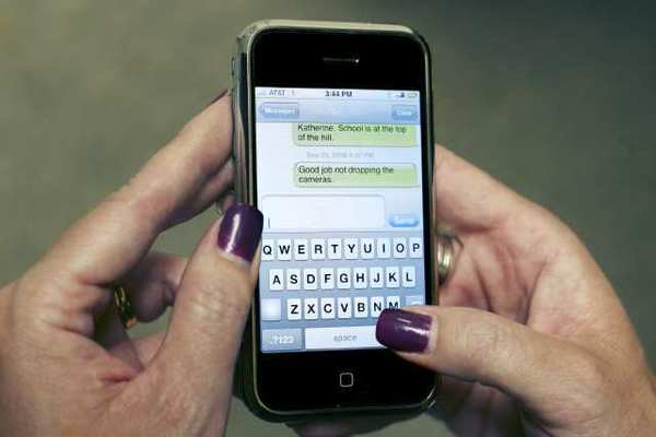 The amount of tickets officers wrote for texting and talking while driving dropped in Glendale this year.