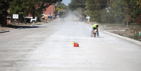 South Kline Street construction work. American News Photo by John Davis