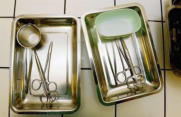 Washed surgical instruments