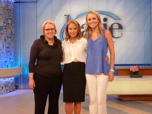 Sharon and Lexie Love flank Katie Couric.