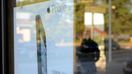 iPhone 5 released in Towson [Pictures]