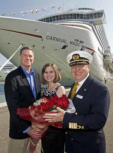 Pictures: Cruise ship godmothers - Lindsey Wilkerson
