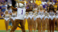 <b>Pictures:</b> College football mascots