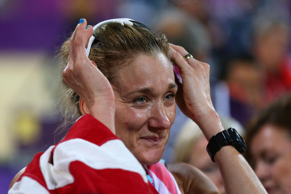 Kerri Walsh-Jennings celebrates winning the gold medal in London.