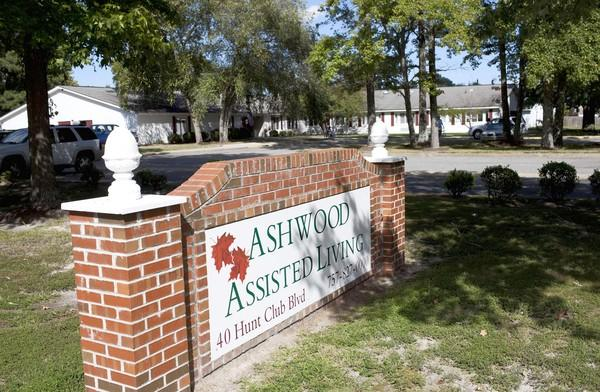 The administrator of Ashwood Assisted Living has had his license suspended after Virginia Department of Social Services inspectors found two dozen issues at facilities he operates in Hampton and Williamsburg.