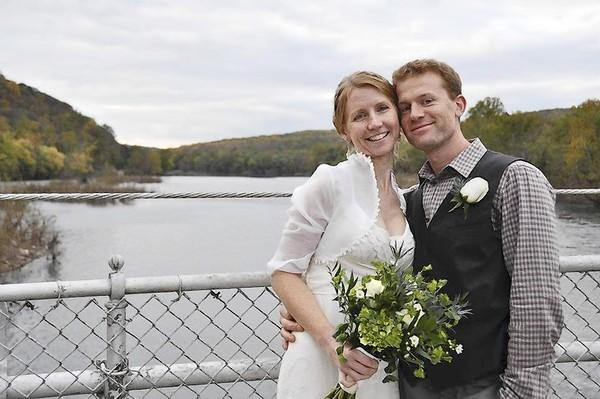 Jason and Amy Wright of Pipersville celebrate their wedding in October 2011. Their Sept. 22 reception in Springfield Township was marred by the theft of all their wedding gifts.