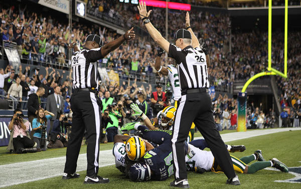 Referee infamy as Packers-Seahawks game in controversial call