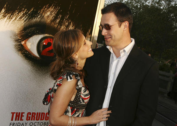 "Sarah Michelle Gellar and Freddie Prinze Jr. are the parents of a new baby boy. The couple ""are thrilled to announce that they welcomed a baby son into the world this past week,"" her rep told Us Weekly. <br /> <br /> MORE: <a href=""http://www.latimes.com/entertainment/gossip/la-et-mg-sarah-michelle-gellar-baby-freddie-prinze-jr-20120925,0,6103098.story"">Sarah Michelle Gellar, Freddie Prinze Jr. have a new baby boy</a>"
